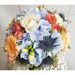 Blumenstrauß mit Hortsensie aus der Blüten-