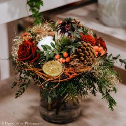 """weihnachtlich gebundener Strauß aus ihrem Blumenladen Blüten-""""Küche"""" in Olbernhau"""
